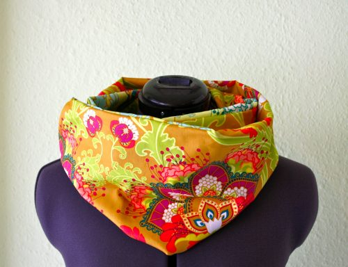 Loop with Art Gallery Fabrics